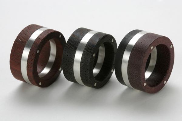 Ringe aus Holz und Silber, holz-3