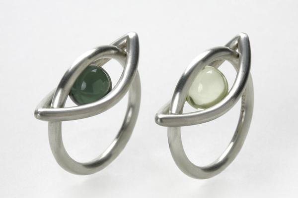Silberringe mit Steinen